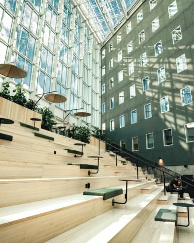 VALO Hotelli Helsinki valopiha